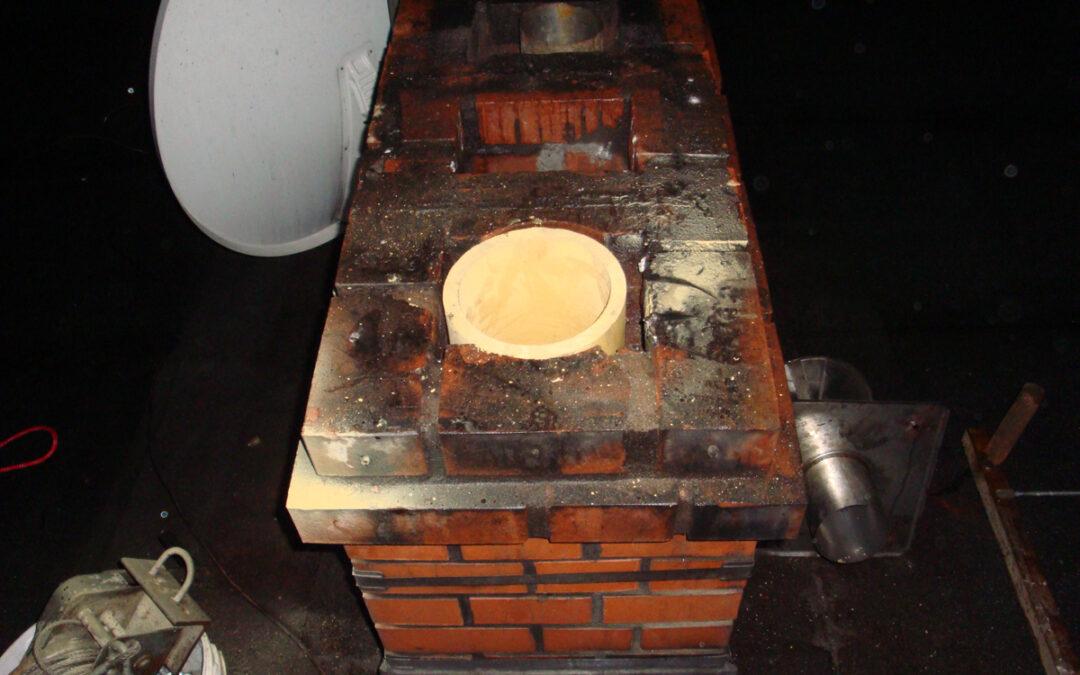 Komin ceramiczny – prefabrykowany trójwarstwowy system kominowy